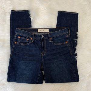 GAP Best Girlfriend skinny jeans size 26 B4